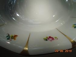 Altwien Karlsbad Biedermeier kézzel festett 12 szögletes  tányér,színes apró Meisseni virágokkal