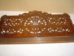 Antik zongora kottatartója