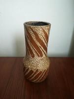 Gorka Lívia váza, 23,5 cm magas