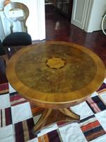 Intarziás biedermeier asztal, kerek