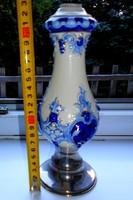 Antik fémtalpas egy szálas majolika váza