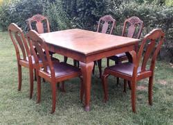 Rusztikus Chippendale stílusú bővíthető étkező 6 székkel