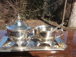 Teázó-kapuccínós szett ezüstözött 4 db-os ajándékba is