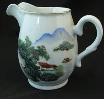 Kínai tejkiöntő porcelán