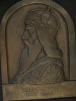 Matéka Sándor - Szent István bronz relief