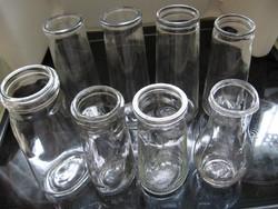 8 db régi befőttes, tejfölös üveg csomag