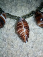 Muránói üvegből készült, kagyló formájú, gyöngyös  női nyaklánc!