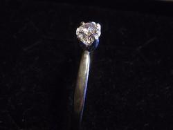 Tanusítvánnyal, Gyémánt Gyűrű  0,27 karát. Igazolással. Eljegyzésre is kiváló!