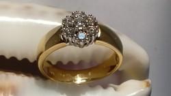 Briliáns 14 k aranygyűrű, 7 db Gyönyörű gyémánttal