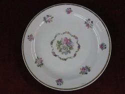 Zsolnay porcelán süteményes tányér, apró virágmintás. Átmérője 19 cm.