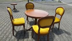 Barok kinyitható étkezőasztal 4 székkel
