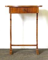 0X568 Antik Biedermeier varróasztal lerakó asztal