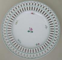 LIPPERT&HAAS IN SCHLAGGENWAD 838/28 Áttőrt szélű porcelán dísztányér mérete:24,5cm átmérőjű
