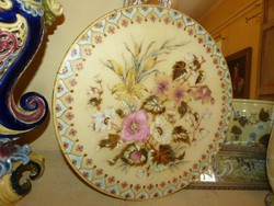 Zsolnay  tányér.