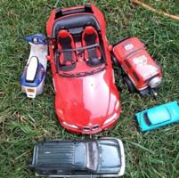 4 db Játék Jármű Vegyesen + 2 db  Régi Eredeti Csomagolásban Lévő GESSNER Kamion