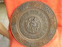 Óriási méretű antik tál ezüst berakásokkal