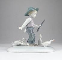 0T954 Metzler - Ortloff libalegeltető kisfiú 16 cm