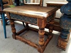 Antik tömör teakfa székpár vagy kis asztalpár faragott betéttel eladó