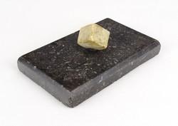0X623 Antik fekete márvány levélnehezék