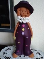 Kerámia lila ruhás bohóc lány, Bod Éva stílusában!