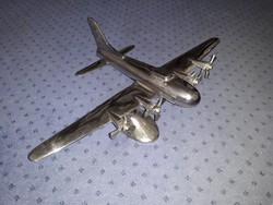 Nikkelezett fém nagyméretű - B–17 Flying Fortress - repülőgép modell
