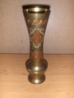 Cizellált réz váza 24,5 cm magas (22/d)