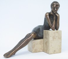 """Sándor """"Kőkockán könyöklő"""" c. bronzszobor eredetiségigazolással és ingyenes házhoz szállítással"""