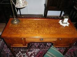 Ritka, csodaszép antik szecessziós pici női íróasztal, irizáló ritka fa asztallappal és betétekkel
