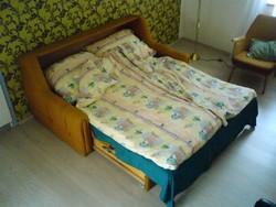 Ülőgarnitúra - ággyá alakítható