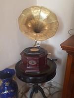 Gramofon  Sound Master
