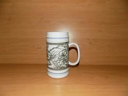 Hollóházi porcelán aratás jelenetes korsó 15,5 cm magas (14/d)