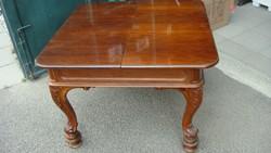 Nyitható bécsibarokk asztal, 4-6. személyes.