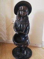 Bájos kislány szobor 62 cm
