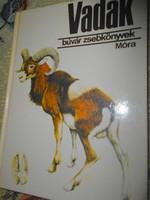 Vadak Búvár  könyv sorozatból