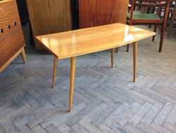 Régi retro skandináv stílusú asztal mid century 60-as évek