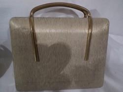 Fém - régi - bakelit - vagy fém - sárgaréz - ékszertartó retikül - Osztrák -  15 x 14 x 5 cm