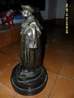 Szamosi Imre : Juhász cifra szűrben antik bronz szobor