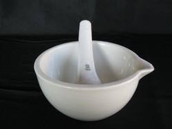 Zsolnay porcelán mozsár törővel