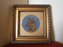 Antik tűgobelin kép aranyozott háttérrel, kerettel: farkaskutya
