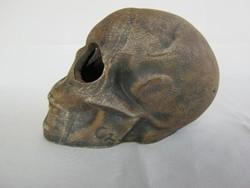 Kerámia koponya
