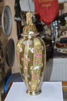 Historizáló arany brokátos fischer fedeles váza