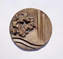 1970-es L. F. jelzéssel Budapest 17. kerületi emlék plakett
