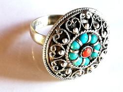 Régi ezüst gyűrű korall és türkiz kövekkel
