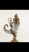 Bőség kürt - porcelán -bronz