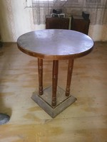 Fa asztalka