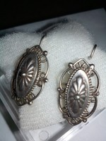 Antik ezüst, jelzett fülbevaló gyönyörű ötvös munka!