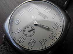 Újszerű Gruen Swiss 1910' style millitary watch--dobozok és papírok!