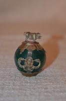 Jade gömb fém foglalattal malacos díszítéssel
