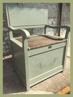 Régi, különleges,kis méretű tárolós pad, szennyestartó..ülőke..vintage, provance