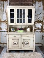 Provence bútor, antikolt tálaló szekrény 2.